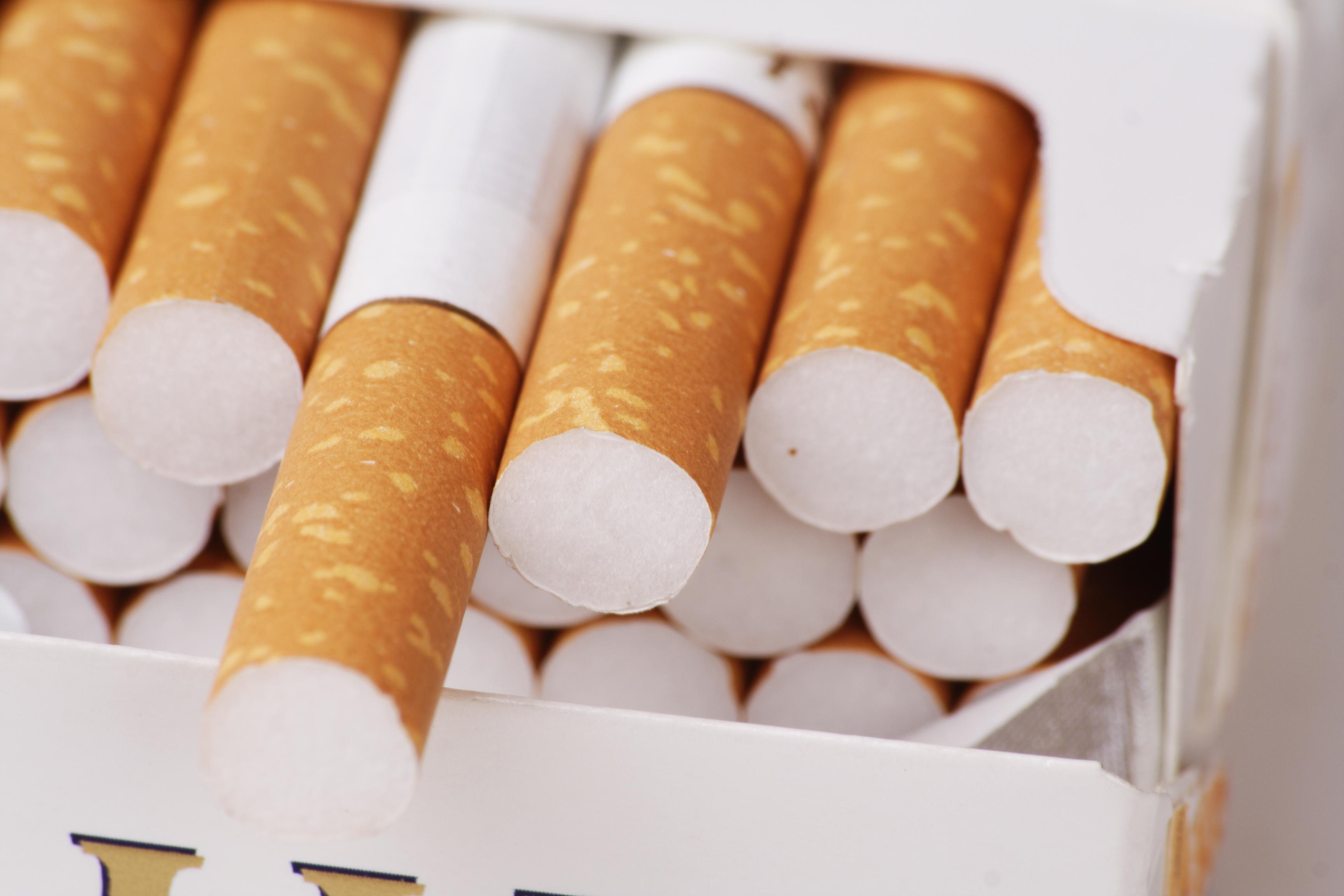Αποτέλεσμα εικόνας για λαθραια τσιγαρα