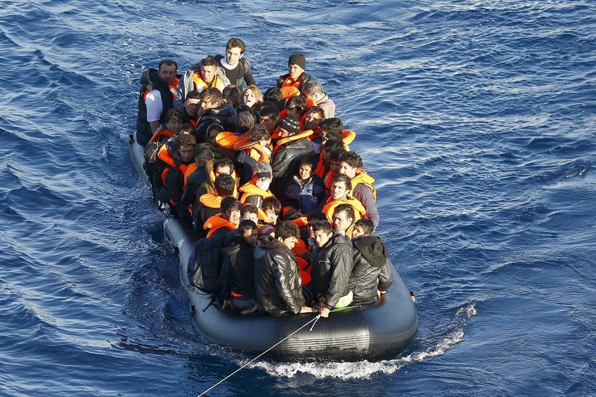 7097682926 Στην Κάρπαθο αποβιβάστηκαν 28 πρόσφυγες - e-thessalia.gr